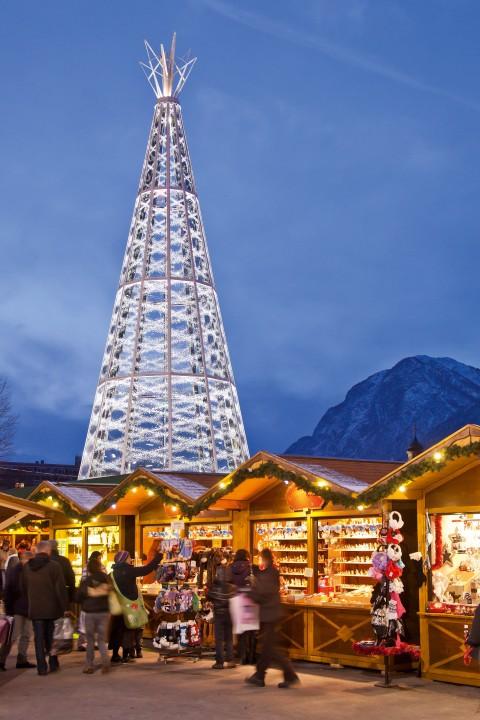 Innsbruck_mercatini natale_albero swarovski_verticale_ Chris